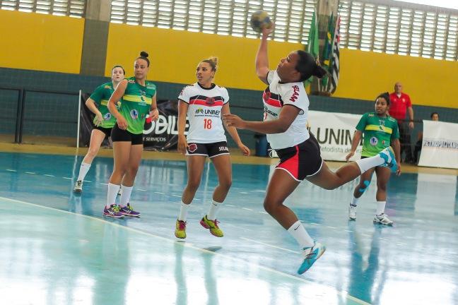 Santos e 15 de Piracicaba se enfrentaram na semana passada/ Foto: Adilson Zavarize
